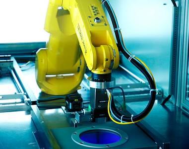 Inline Plasmaanlage - Vollautomatisch mit Roboter