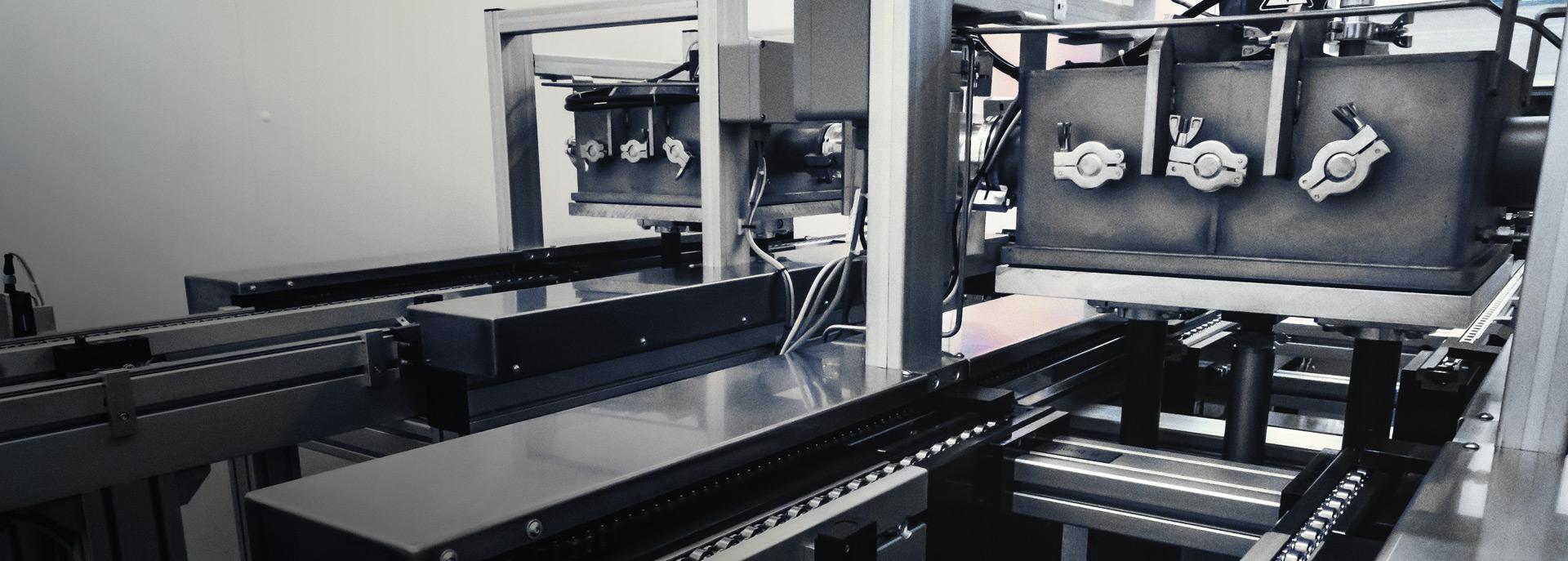 Vollautomatische Plasmaanlage von Diener electronic