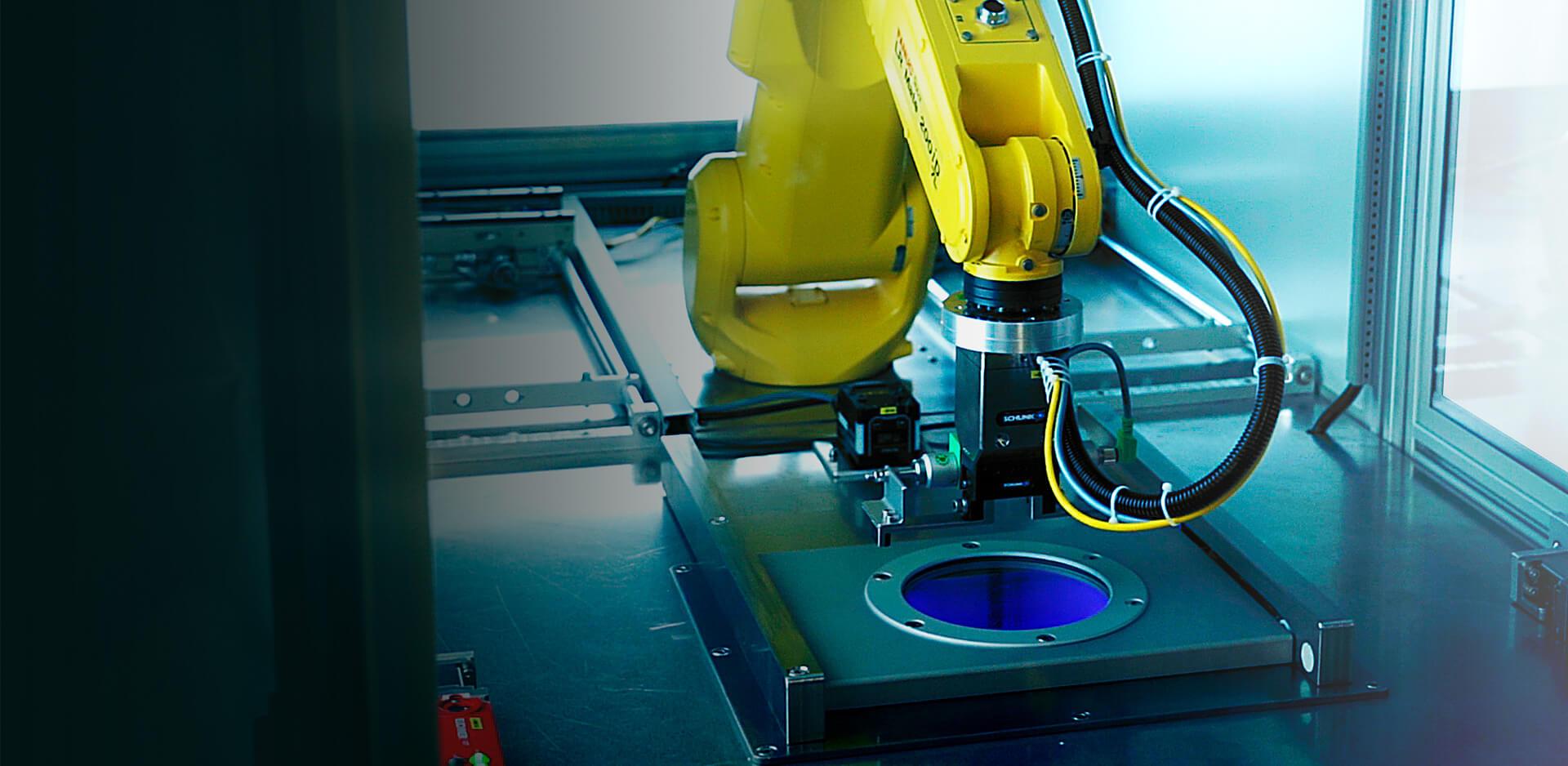 Individuelle Plasmaanlagen, Plasmacleaner - z.b. mit Roboter Aplikation
